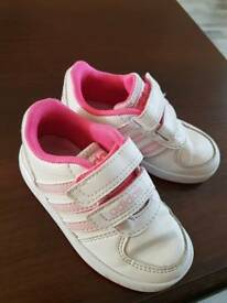 Sport shoes for girls size 6