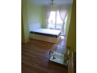 Large Double Room Fully Furnished + Jaccuzzi. All bills and taxes Included. Free WIFI & car park.