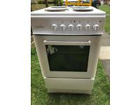 White electric cooker 50cm wide (DELIVERY &FITTING AVAILABLE)