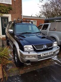 Great Mitsubishi L200 Warrior. Comes with both tub cab & A frame plus fitted top lights