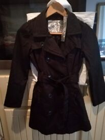 Girls pretty Black detailed Coat (tagged+as new) age 10-11