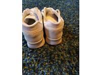 New balance shoes size 10