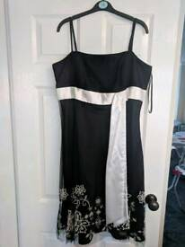 Ladies dress. Size 16