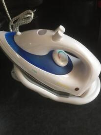 Cordless steam iron new and boxed