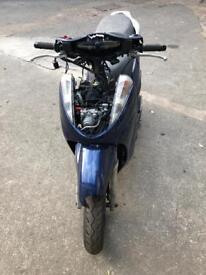 Honda sh 300 breaking