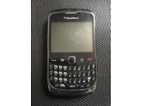 2 BLACKBERRY CURVES BOTH ON VODAFONE NETWORK ONLY £10 EACH WOW LOOK!!!