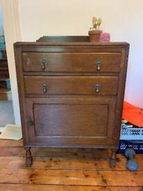 Vintage wooden dresser/cupboard