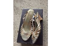 Size 3 Ladies dressy shoes