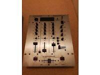 Behringer DX626 2/3-channel DJ Mixer