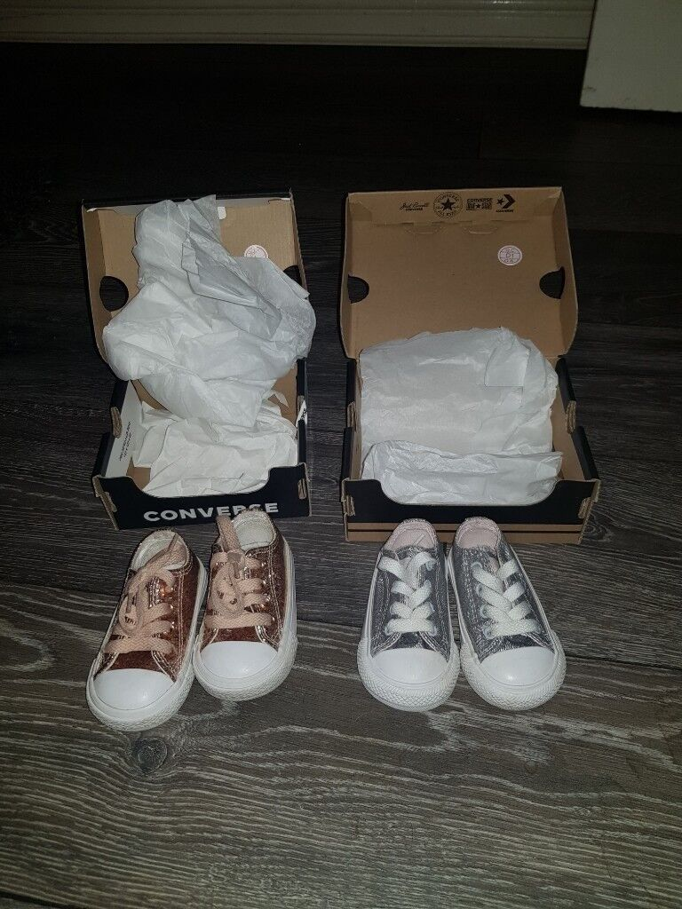 952b758214d 2 pairs of converse size 3 baby