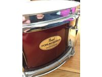 Pearl Forum snare drum in wine red (needs reskinning) - PERFECT beginner snare