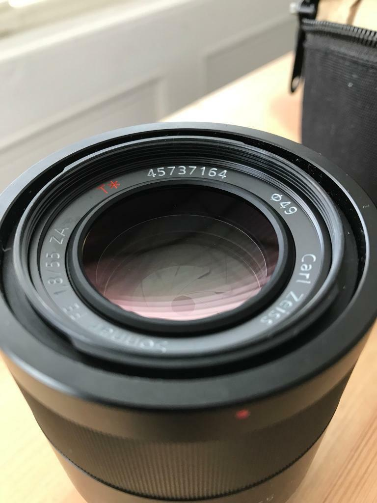Sony Carl Zeiss 55mm f1.8 e-mount full frame lens, bag and filter ...