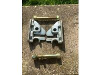Fitting brackets for alko 2000 /2005 / 2007 hitches