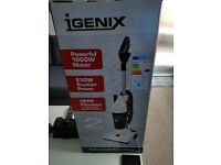 upright vacum cleaner (brand new)