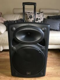 New QTX Portable PA Speaker with 2 wireless Mics & Cover - £185 - LOOKING TO SELL IN MAY