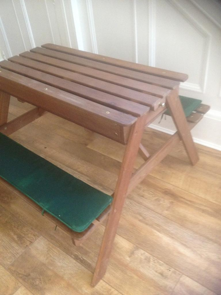 Children S Wooden Picnic Table Sand Tray Excellent Condition