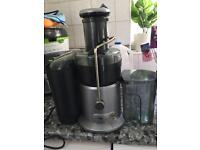 Breville whole fruits juicer