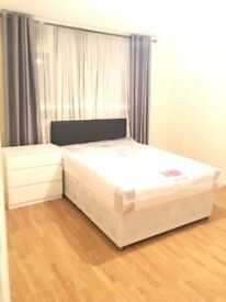 NEWLY DECORATED ROOMS FOR IMMEDIATE RENT !!!!!