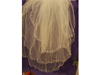 3 tiers wedding veil with pearl drop with comb never worn