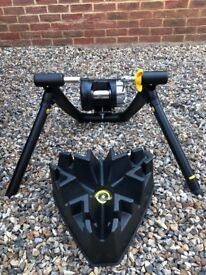 Cycleops Jet fluid Pro Turbo Trainer. Just Over A Year Old! Very Good Condition!!