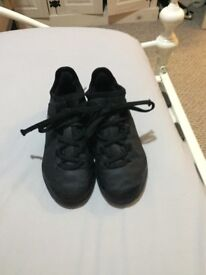 Boys Adidas size 12.5 Astro sock boots
