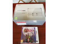***AS NEW*** Boxed Nintendo 3DS Ice White Console & Boxed Game - Zelda: Majora's Mask