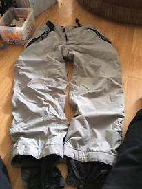 Quick silver ski trousers and gloves