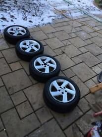 Winter tyres with alloys