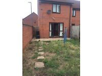 House 2 bed corner house