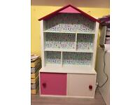 Lovely bookcase doll house with storage Vertbaudet