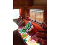 Vintage retro pop top fleurette caravan