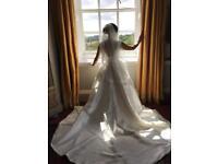 Bridal ivory satin edge custom veil