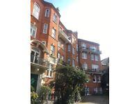 Bright double bedroom West Kensington