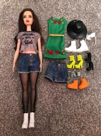 Fifth harmony Lauren Jauregui doll Barbie fashionista with clothes