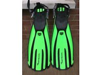 Diving Mare Flippers, Tusa Mask & Snorkel, Neoprene Boots Size 44-45 XL & Cressi Hood