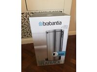New Brabantia Flatback Silver Bin - Silent Closing -40L - still in packaging.