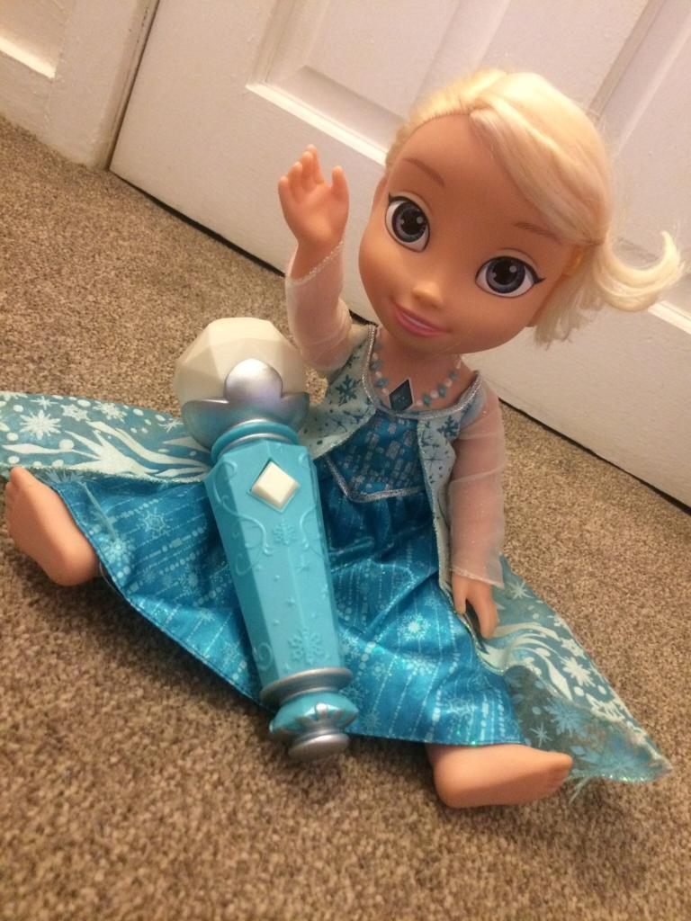 Frozen Elsa Sing along Doll