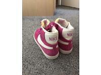 NEW! Ladies Nike Hi-tops size 5