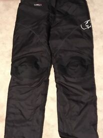 Almost new Oxford motorcycle trousers for man or woman