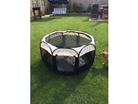 POP-UP PET PLAY PEN - Large, Fabric, Excellent Condition
