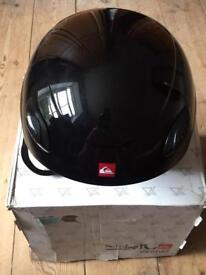Quicksilver Ski/ Snowboard Helmet