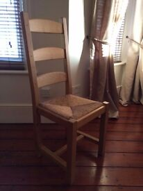 6 dining chairs, solid beech wood, fantastic condition with detachable raffia seats