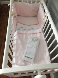 Swing crib and bedding set