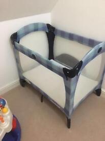 Graco Contour travel cot w new mattress