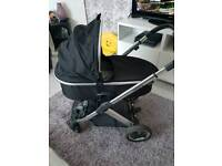 Pushchair/ carry cot oyster 2