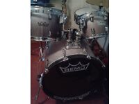 Remo full size drum kit recently reskinned. Kept indoors (not in a garage). Great condition