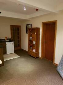EN SUITE FLAT AVAILABLE