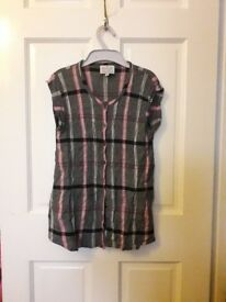 Clothes for sale, size medium 10-12