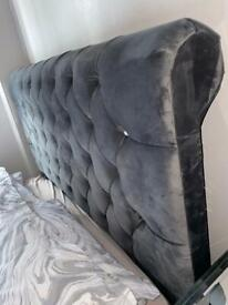 Chesterfield Sleigh Double Bed