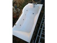 Whirlpool P-Shaped Shower Bath with 6 Jets & Curved Screen